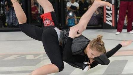 世界上最能打的女人! 登上WWE原来是这样的!