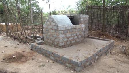 【东南亚小哥全集】原始技术36: 开始净化水, 用于饮用, 洗漱和灌溉