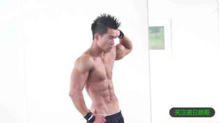 性感写真幕后: 健身男模快速使肌肉充血的方法, 你有见过吗