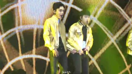 EXO这首歌带来无数荣誉 都暻秀认真跳舞样子很帅气