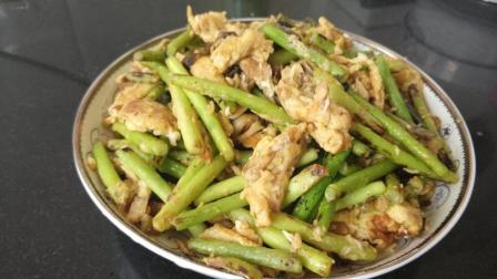 大厨教你做蒜苔炒鸡蛋, 加上这个步骤, 营养丰富, 一盘根本不够吃