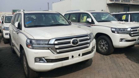 18款丰田兰德酷路泽4000 中东版SUV报价