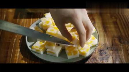 小甜点芒果椰汁糕冰凉爽口香甜Q弹2分钟学会超简单