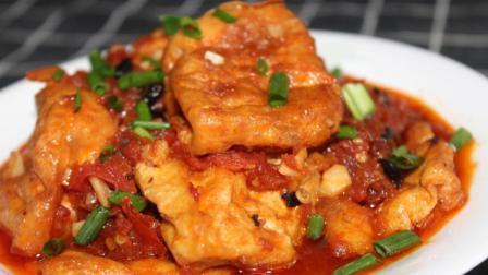 大厨教你做正宗的红烧豆腐, 外酥里嫩汤汁浓稠, 老人小孩都喜欢