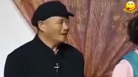 赵本山唯一一次台上失误, 宋小宝都没忍住, 导演没删反成经典!