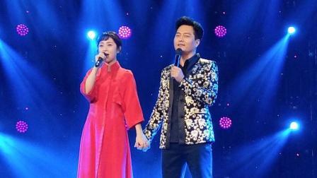 云飞离婚后, 原来一直在等她, 曾同台演唱深情对她表白!