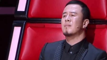 她上《好声音》唱的这首歌, 全场观众都陶醉在其中, 杨坤更是快哭了