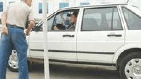 """男子驾校考试""""光速""""挂科, 教练: 教车多年, 你这挂科生平仅见!"""