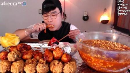 韩国吃播豪放派吃播Donkey吃火鸡面 鸡腿
