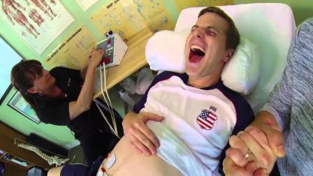 代妻怀孕? 美国此男子, 前后产三胎, 证实男人也能生孩子