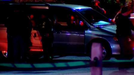 男孩遭汽车座椅挤压窒息死 曾报警被当恶作剧
