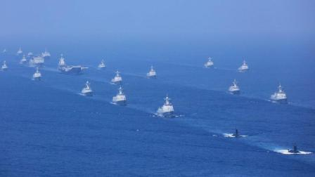 我国海军最强舰队震撼亮相 一眼望不到头