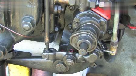 100多年前的柴油机 起动方式好奇特