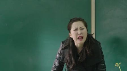 上课偷吃零食被发现, 班主任刚想发火, 不料小学生说出这番话
