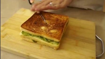 一食三客: 牛油果早餐三明治, 做给孩子好吃又营养的早餐