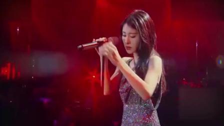 不只会唱歌, 张碧晨《红玫瑰》惊艳跳舞! 这氛围太美了!