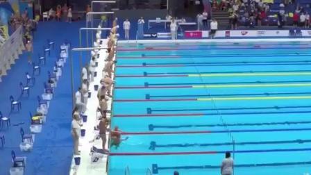 """西班牙游泳选手要求全场默哀被拒 """"比赛中""""自己默哀60秒才起跳"""