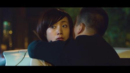 《中国兵王》  与女同事紧相拥 英勇追击毒贩