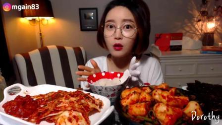 韩国吃播Dorothy小姐姐吃: 白菜泡菜
