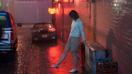 在这个世界, 人们可以永生不死, 无忧无虑, 但女子却执意要离开! 速看《黑镜3: 圣朱尼佩洛》