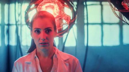 从一部4.8分的科幻片中, 看到有关虫洞穿越的新脑洞! 简评《反物质危机》