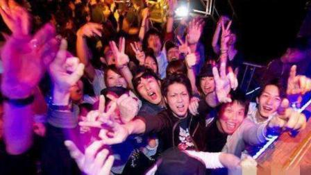 """中国这座大城市, 居住着10万日本人, 并且在这座""""魔都""""夜夜笙歌"""