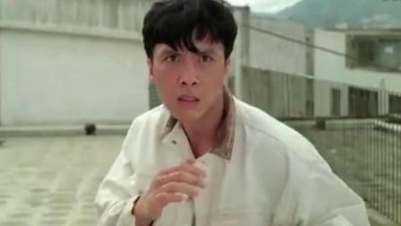 《直击证人》最难体现甄子丹拳脚功夫的片段, 甄子丹vs迈克尔伍兹打斗太刺激了!