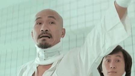 他是香港喜剧电影殿堂级人物, 和许冠杰是最佳拍档, 人称光头佬