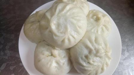 东北大妈教你做韭菜鸡蛋馅包子, 和面调馅都有技巧, 简单又好吃