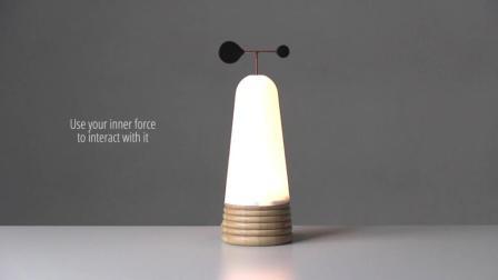 就算是起夜也得优雅从容 这种奇特方式打开的台灯你见过吗?