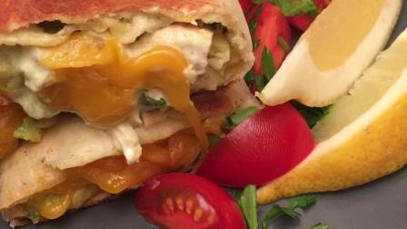 香煎芝心墨西哥鸡肉卷: 搭配牛油果和奶酪, 香脆浓郁一次都满足!