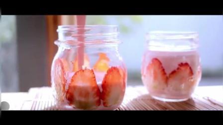 草莓奶酪布丁
