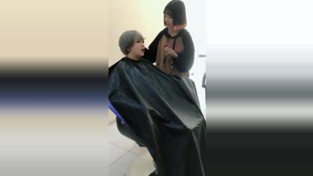 美女去剪头发, 结果一直嫌弃太长, 最后看傻眼了