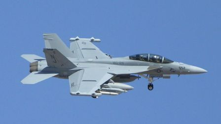 EA-18咆哮者干的這事轟動全球