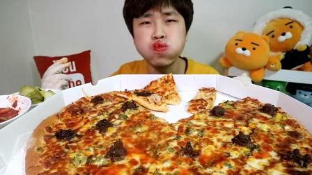 韩国吃播 花猪吃超大烤肉披萨