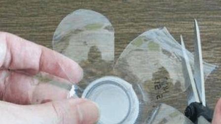 塑料瓶切一刀, 居然还有这2个妙用, 不知道太可惜了