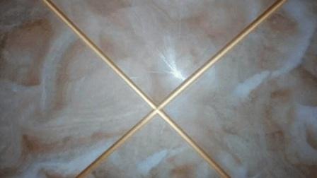 用这东西处理下, 家里的瓷砖缝再也就不会再有污垢堆积了!