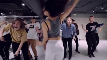Wicked Wonderland Song Mashup with Lia Kim & May J Lee 1 Million Dance