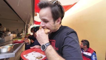 吃货常乐在墨西哥农贸市场生啃大葱