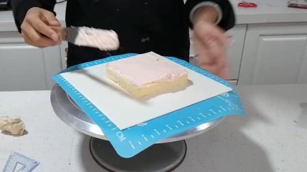 正方形蛋糕抹面(二): 添加奶油霜