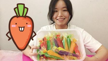 """试吃""""可以画画的胡萝卜果冻"""", 看着颜色很可爱, 都舍不得吃了"""