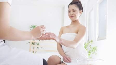 杨雄有时间 第一季 日本女学生的特殊生活