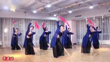 舞蹈《秦淮八艳》, 舞者的衣服很飘逸, 让你一见倾心的舞蹈