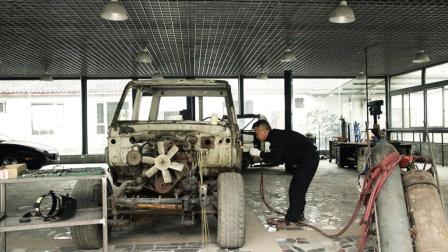 花费3个月, 靠一个人纯手工翻新一台30年前的丰田LC70