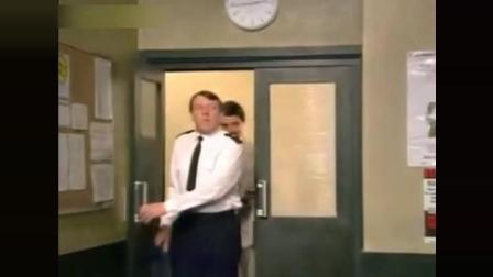 搞笑: 憨豆先生玩自拍, 真是够了