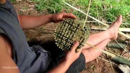【越南白净小哥】原始技术挑战荒野 43 编织鸟笼