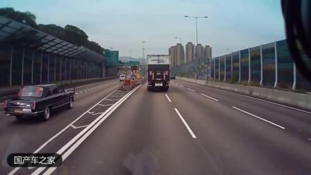 一台红旗L5轿车出现在香港马路, 司机看到大呼: 哇, 是红旗