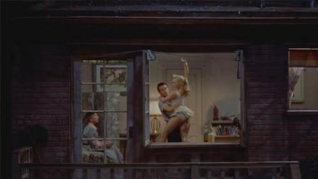 【老电影故事】记者每天透过窗户偷窥邻居, 阴差阳错破了凶案
