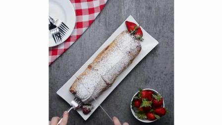 晚上饿了千万不要看之草莓芝士蛋糕法式吐司卷, 有种吃牛排的感觉