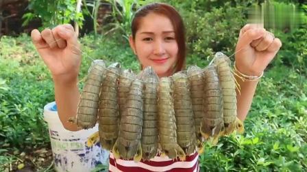 买了两斤皮皮虾, 看印度小姐姐是怎么吃的? 跟我们大有不同